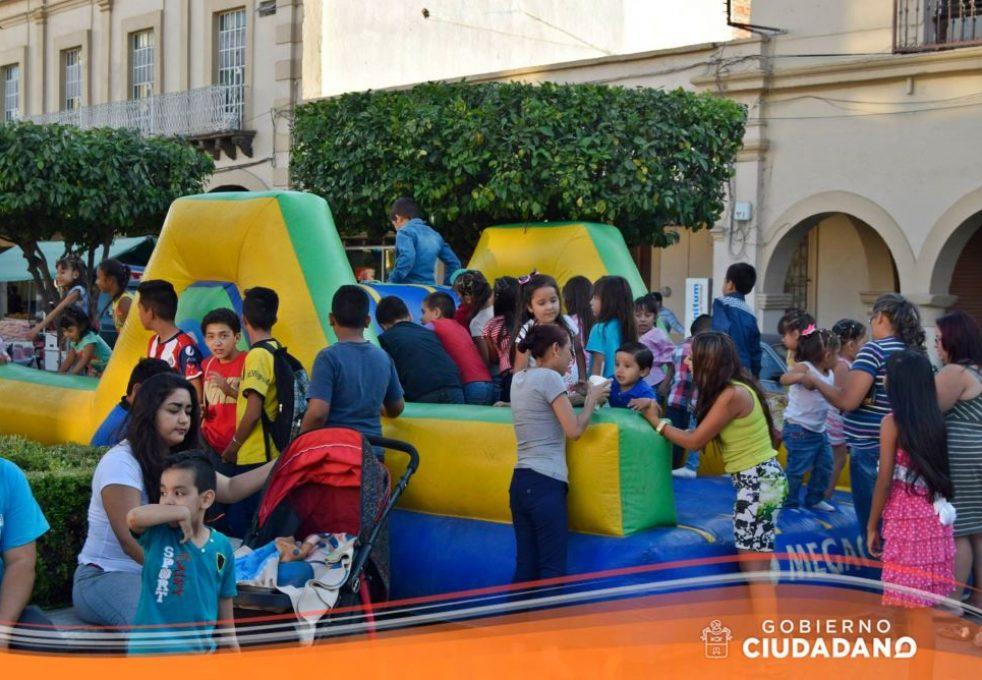 celebracion-dia-del-niño-en-acatlan-de-juarez-2017_004