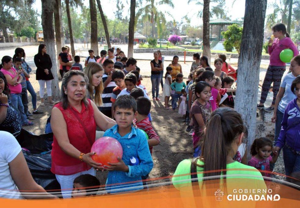 celebracion-dia-del-niño-en-acatlan-de-juarez-2017_007