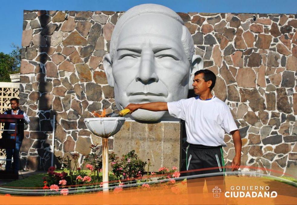 conmemoracion-natalicio-de-benito-juarez-acatlan-de-juarez-2017_003