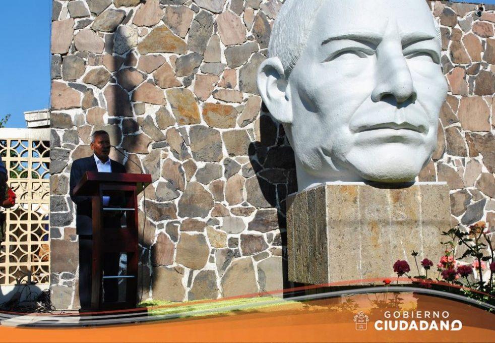 conmemoracion-natalicio-de-benito-juarez-acatlan-de-juarez-2017_006