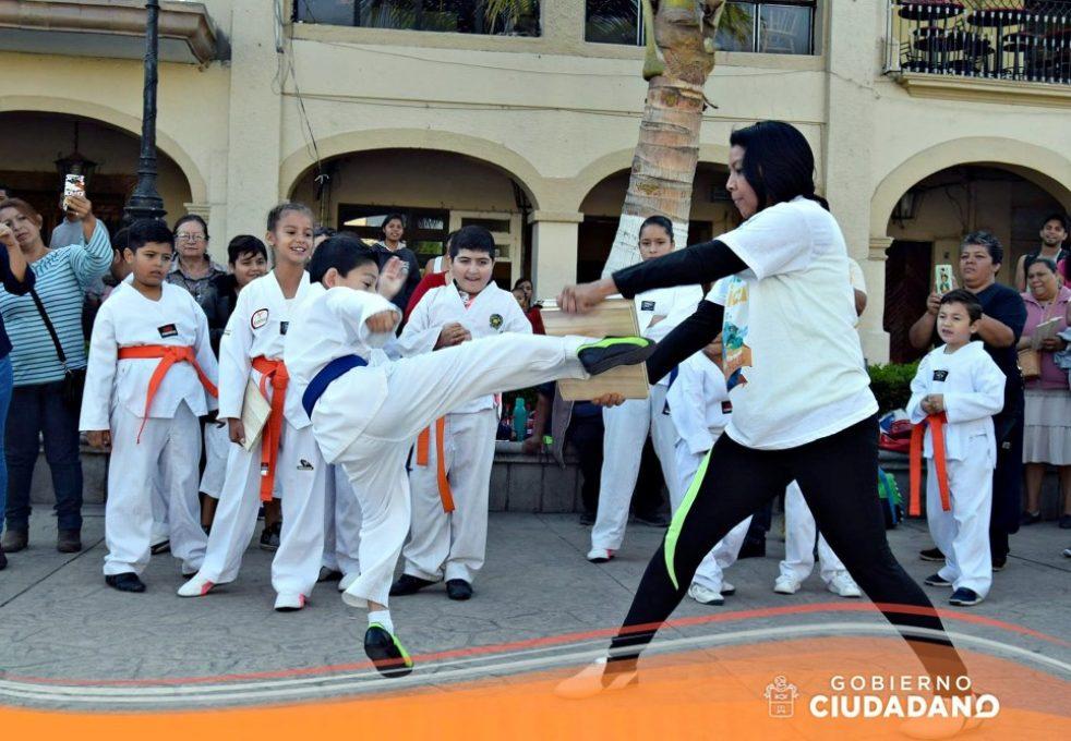 dia-de-la-activacion-fisica-en-acatlan-de-juarez-2017_001