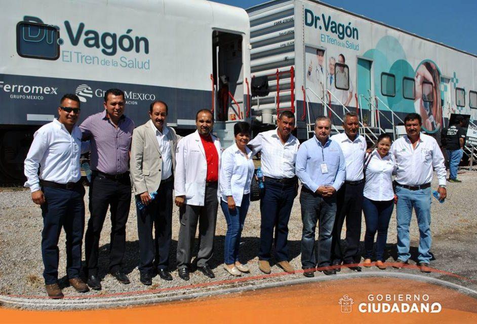 dr-vagon-brinda-servicios-medicos-en-el-municipio-de-acatlan-de-juarez-2017_003