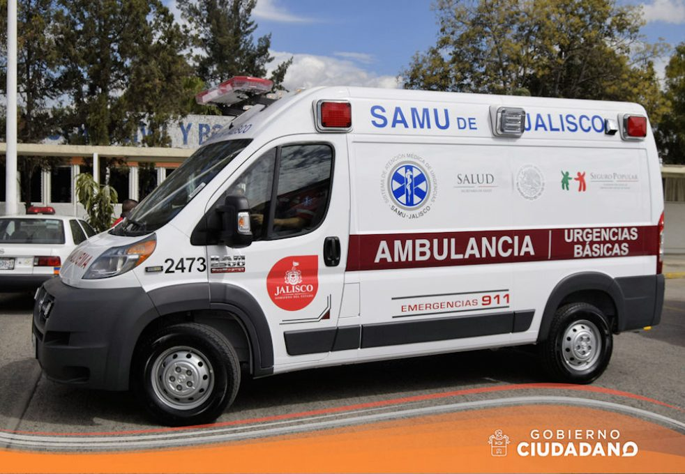 entrega-de-ambulancia-para-acatlan-de-juarez-2017-07