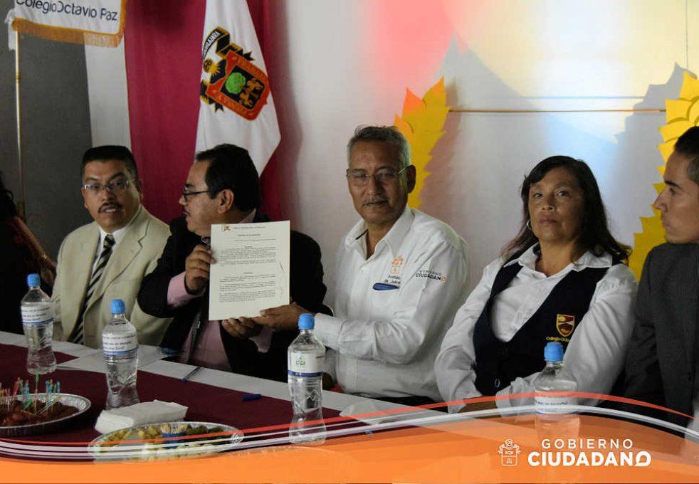 firma-de-convenio-universidad-la-paz-acatlan-2016-06