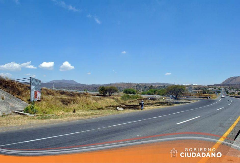 limpieza-entrada-a-la-delegacion-de-bellavista-acatlan-de-juarez-2017_006