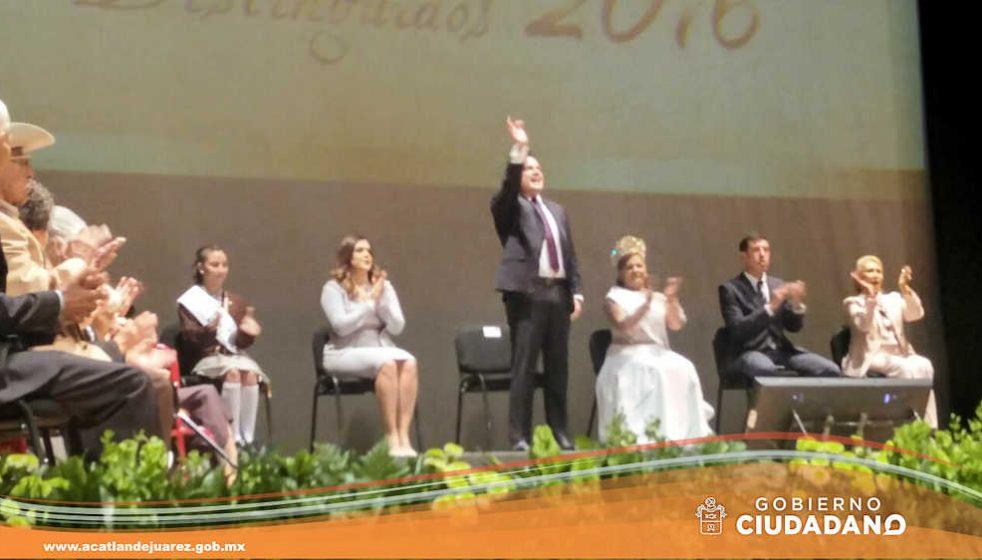 premiacion-adulto-mayor-distinguido-acatlan-2016-04
