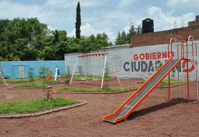 rehabilitacion-de-espacios-publicos-acatlan_001