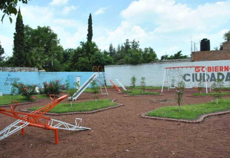 rehabilitacion-de-espacios-publicos-acatlan_003