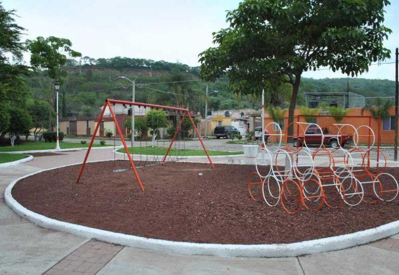 rehabilitacion-de-espacios-publicos-acatlan_006