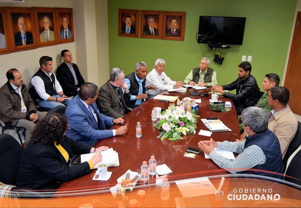 reunion-con-la-sct-sobre-conflicto-en-el-km-40-acatlan-de-juarez-2017-02