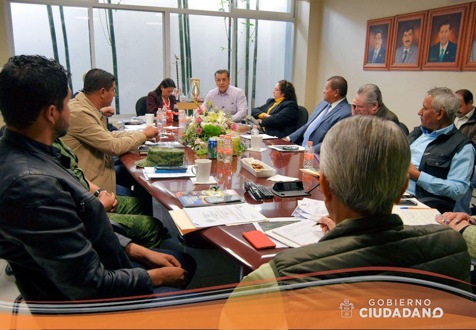 reunion-con-la-sct-sobre-conflicto-en-el-km-40-acatlan-de-juarez-2017-03