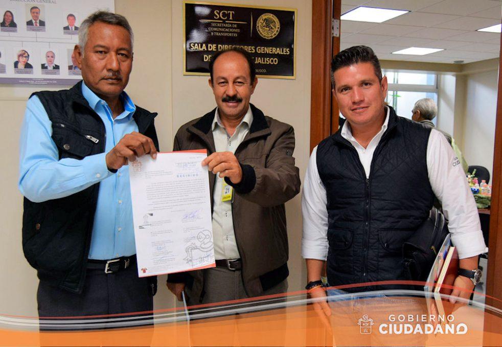 reunion-con-la-sct-sobre-conflicto-en-el-km-40-acatlan-de-juarez-2017-04