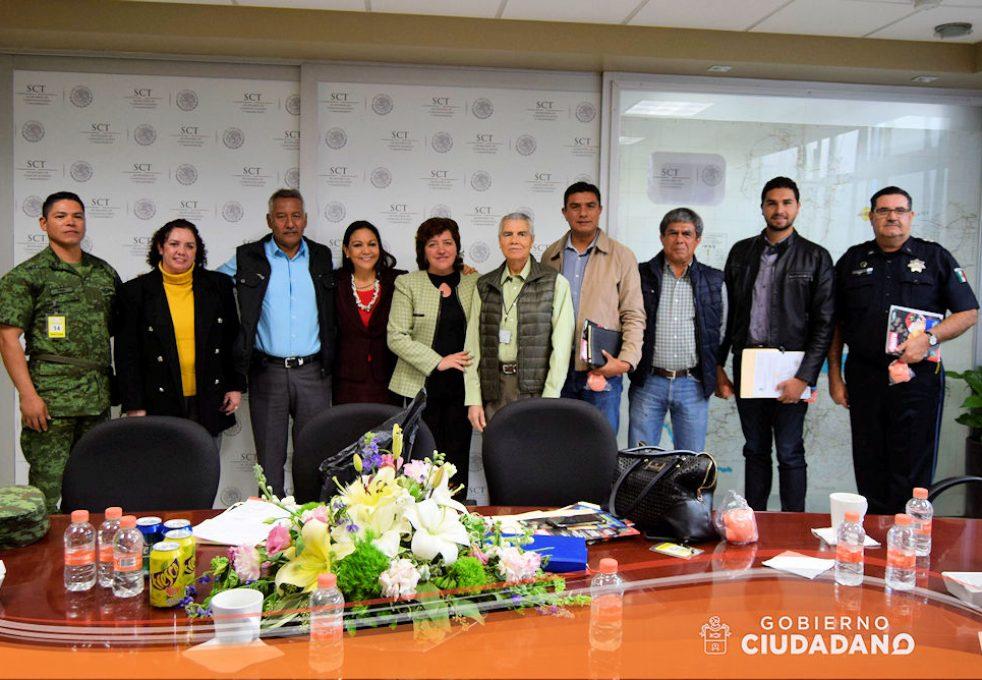 reunion-con-la-sct-sobre-conflicto-en-el-km-40-acatlan-de-juarez-2017-05